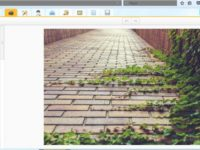 Creating successful YouTube channel with iPiccy image editing program